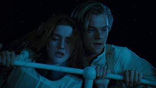 Titanic - Stern Sinks Scene
