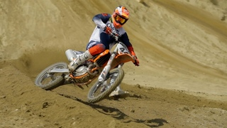 First Ride On The 2022 KTM 450 SX-F!