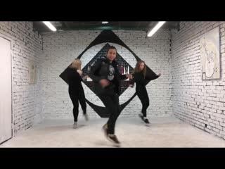 Serge Devant Vs. Eric Prydz - Addicted To Pjanoo (DJ Aries Instrumental Mash-Up Mix) #shuffledance #house #cuttingshapes