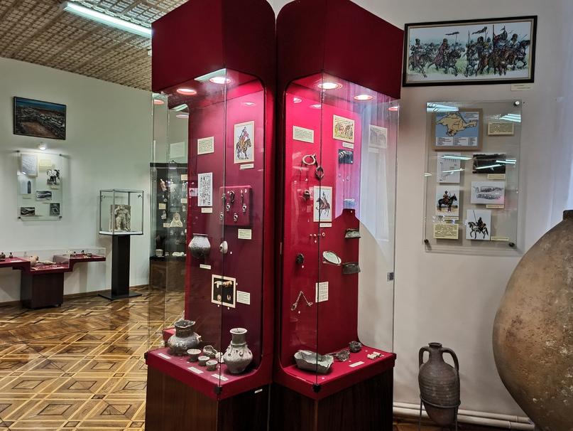 Новые экспозиции в крымских музеях, изображение №8