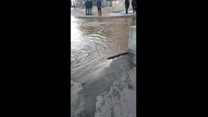 Потоп на Ангарском проспекте видео Новости Живой Ангарск