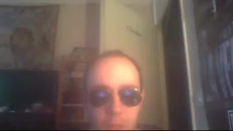 Voici la vidéo que Stephen Randall nous a envoyé sur l une de nos ordinateurs, depuis sa Clé USB. St.mp4