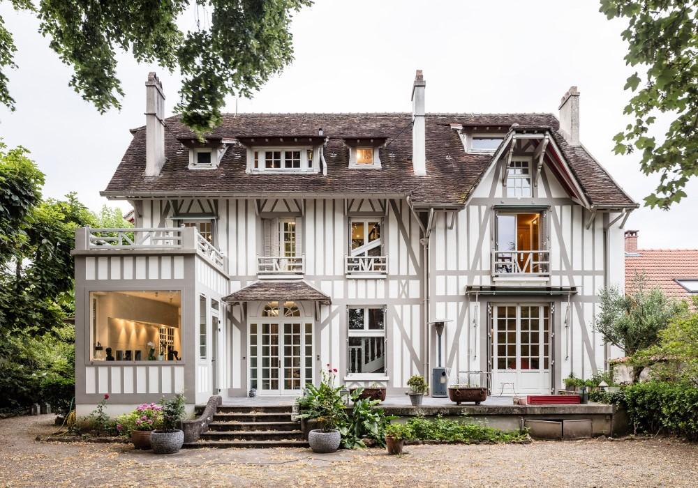 Французский дом в стиле Colombage
