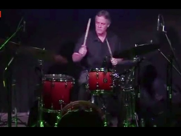 Jeff Sipe Drums: Trading in Oleo