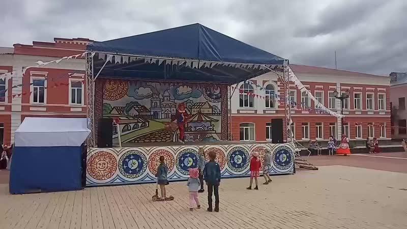 Выступление на фестивале Верста Старорусского Петрушки