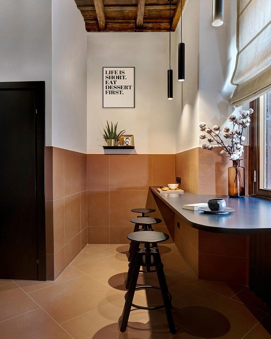Цветная квартира в центре Рима по проекту Venturoni || 02