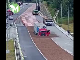 Самая комичная ситуация на дороге: