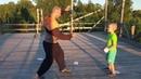 КАЗАЧЬЕ УПРАЖНЕНИЕ НА ЛОВКОСТЬ С ЛИСТОЧКОМ - сериал Отцы и дети