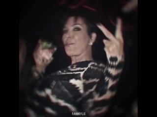 Kim kardashian & kris jenner vines