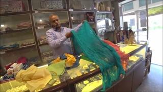 189. Еще один шопинг в Джайпуре перед отъездом. Нам надо и то и это... И еще шарфик. 1 мая 2021 г.