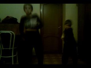 Efra uchil kak tancuiut Nargizka i LinaXD pravda Linu oni nemnogo pereputali