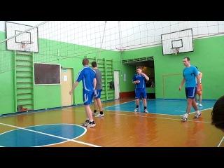 Соревнования по волейболу 10 февраля 2013 год. встреча Юбилейный Макарье