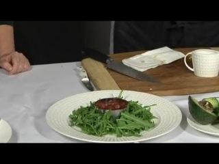Салат с тунцом и крабом к новогоднему столу!