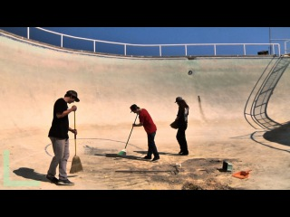 INSANE 16ft Deep Pool Frontside Invert Battle - Behind the Clips - Kevin Kowalski