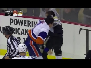 Travis Hamonic vs Steve Downie Oct 18, 2014