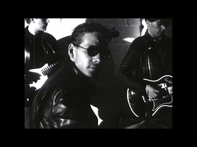 Echo and the Bunnymen Lips Like Sugar Official Music Video