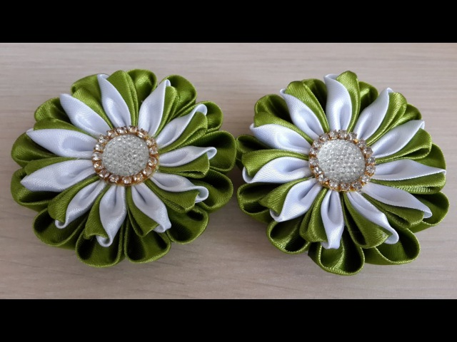 Заколки в стиле Канзаши из атласных лент В оливковом цвете