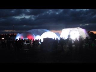 Ночной ди-джей сет в вип-зоне