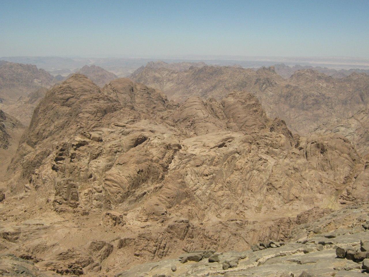 Вид почти с пика горы Моисея