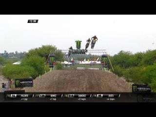 Vsevolod Brylyakov passes Petar Petrov MXGP of Leon MX2 Race 2 2016