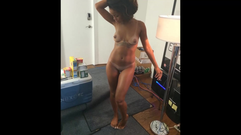 Beautiful Brunette Rihanna Samuel Poses Naked Squats To Show Her Bald Pussy