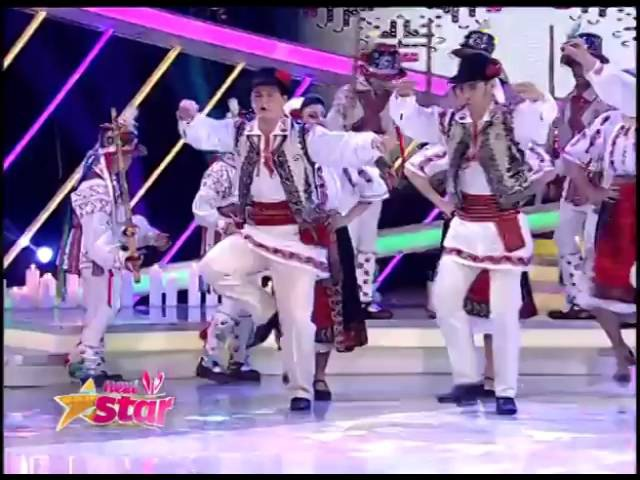 Ansamblul Codruleţul dansuri populare pe scena de la Next Star