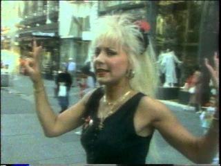ERIKA ZOLTAN - Casanova (1988) ...