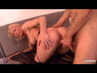 Slutty French Mademoiselle Justine takes double pussy in wild MMF threesome