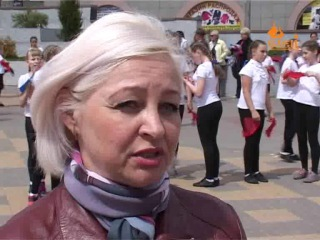 На площади Ленина прошел праздничный флешмоб