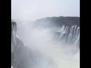 Водопады Игуассу, garganta del diablo (Аргентина)