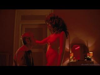 Голая Грудь Виоланте Плачидо – Американец (2010)