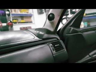 Громкая музыка в Mercedes w210