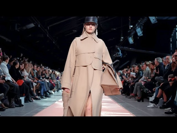 Sportmax | Fall/Winter 2019/20| Milan Fashion Week