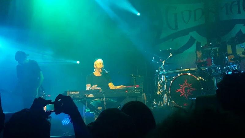 Godsmack Under Your Scars live @ Amsterdam 2019