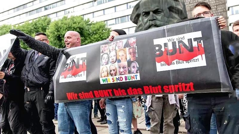 Hitlergrüße unterm Karl-Marx-Denkmal: Die Hintermänner der Chemnitz-Krawalle