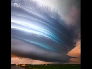 Самая красивая буря которую я видел