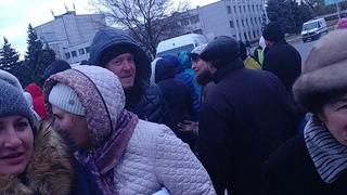 Наш Ваня поехал в Днепр и что он увидел? В Павлограде люди повторяли действия селидовских шахтеров!