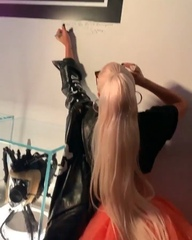 "LGR { fan account } on Instagram: ""New video of @ladygaga signing the wall at the #HausOfGagaLV store in Vegas tonight.  Video • @wanaynay"""