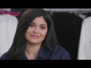 Русские субтитры   Блиц-опрос Кайли Дженнер на съёмках рекламной кампании Calvin Klein   Осень 2018.