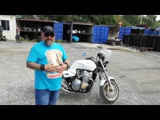 ХОНДА  СВ 1300..Дополнительное  видео   Мотоцикла...перед  Упаковкой...+   чуток  позже  установим  подогрев  ручек)
