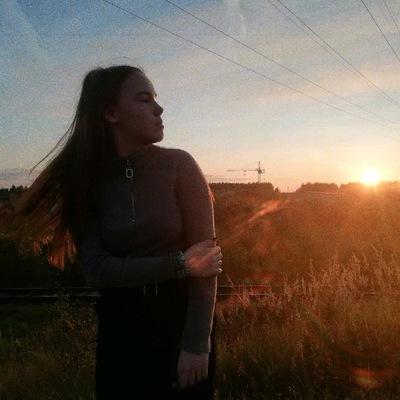 Анна Шевелёва
