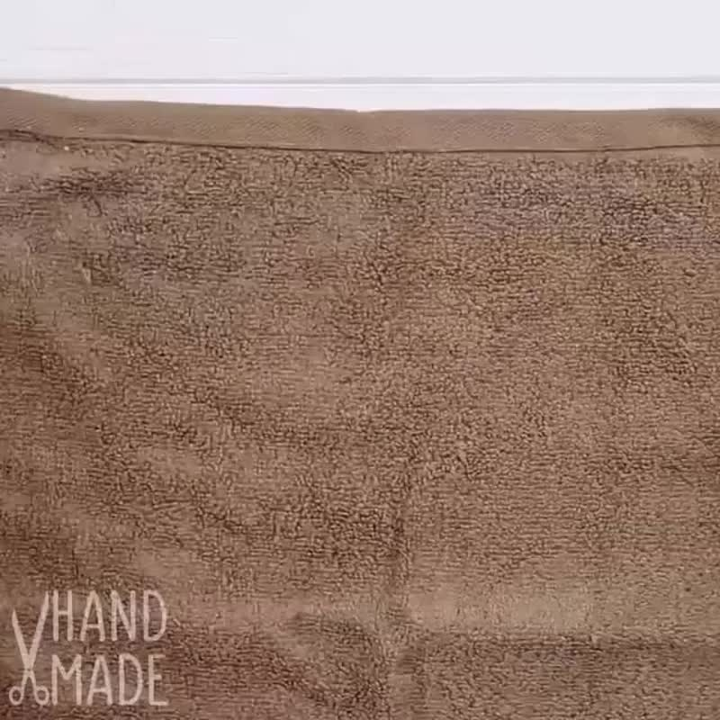 Делаем мишку из полотенца