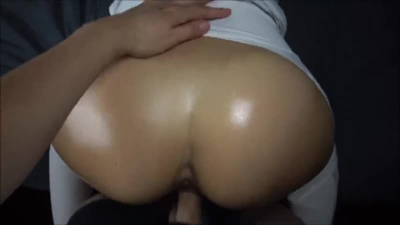 He Fucks my Tight Oiled Pussy for a Pearl
