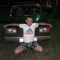 Павел Янив