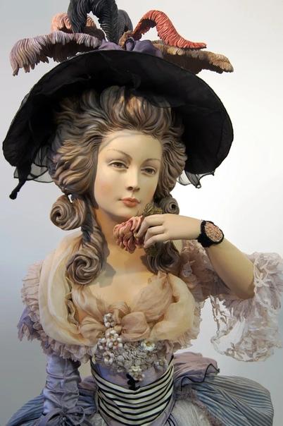 Феномен Юлии Сочилиной не имеет равных в искусстве художественной куклы.