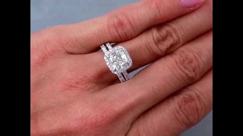 2.15 ctw Diamond Engagement Ring and Wedding Band Set with a 1.61 ct Cushion Cut Center Diamond
