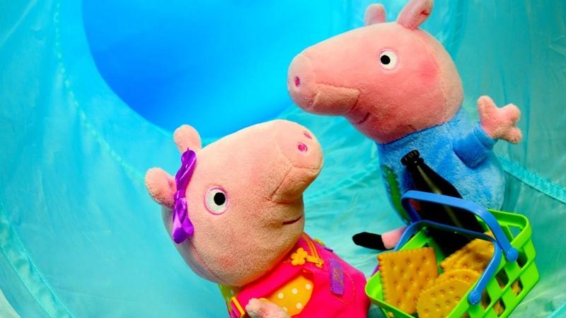 Peppa Pig e George entram em um túnel mágico Peppa Pig e sua família em português