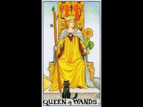 Обучение Таро Королева жезлов Королева чаш Королева пентаклей Королева мечей