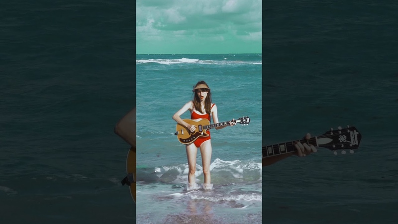 Faye Webster - Room Temperature (Vertical Video)