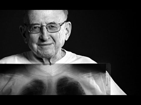 Рак бронха Академик М И Перельман оперирует и комментирует©Cancer of bronchus operates